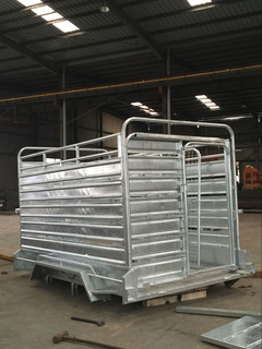 cattle car full trailer for fully welded